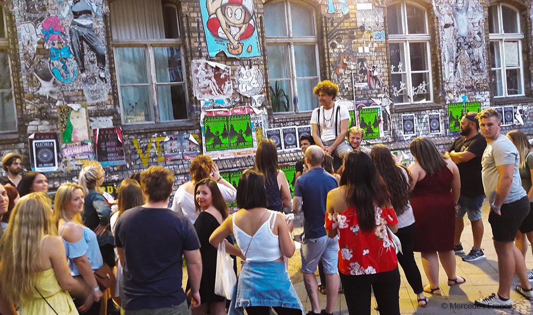 alternative berlin pub crawl